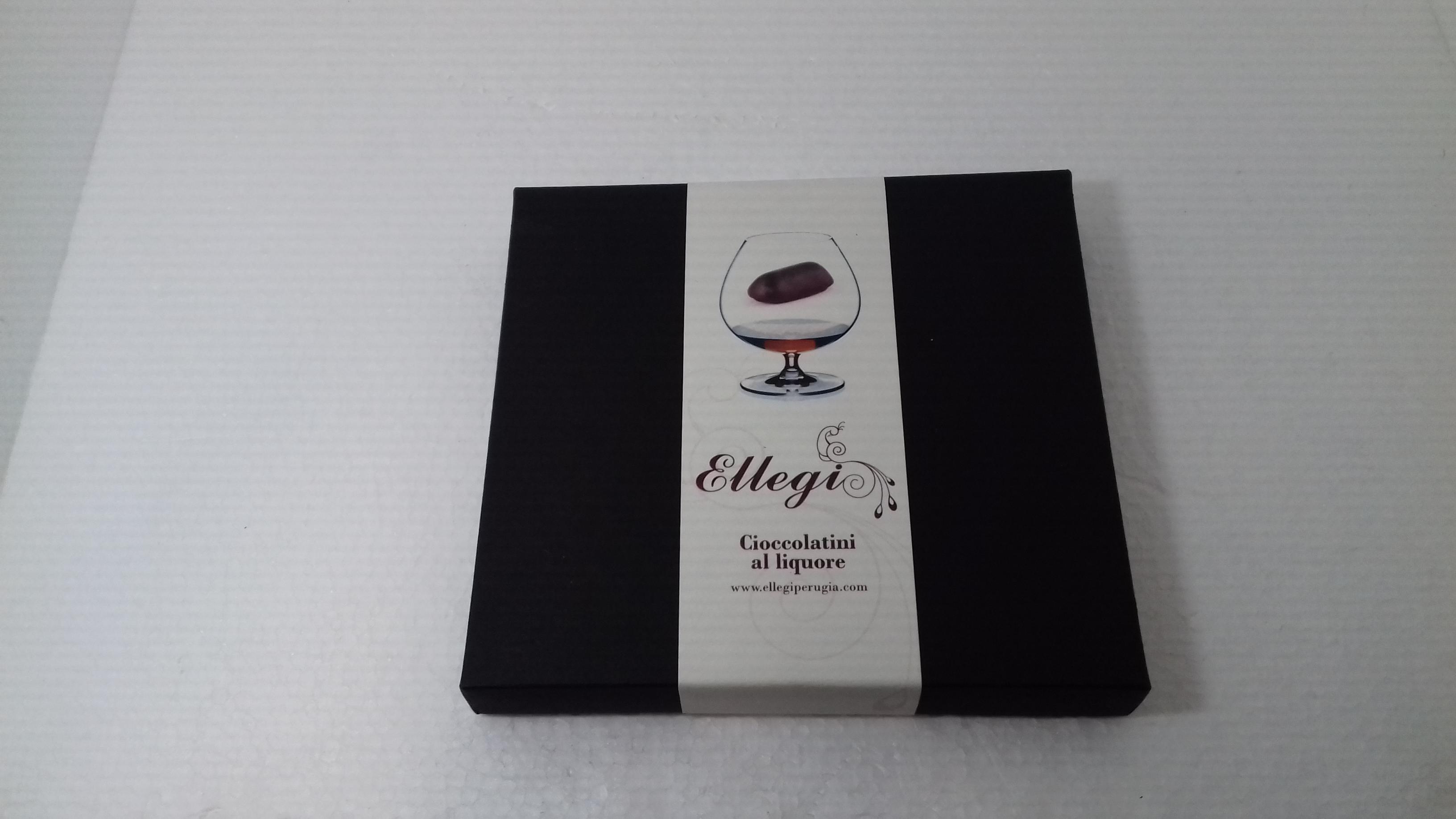scatola cioccolatini al liquore medio/grande