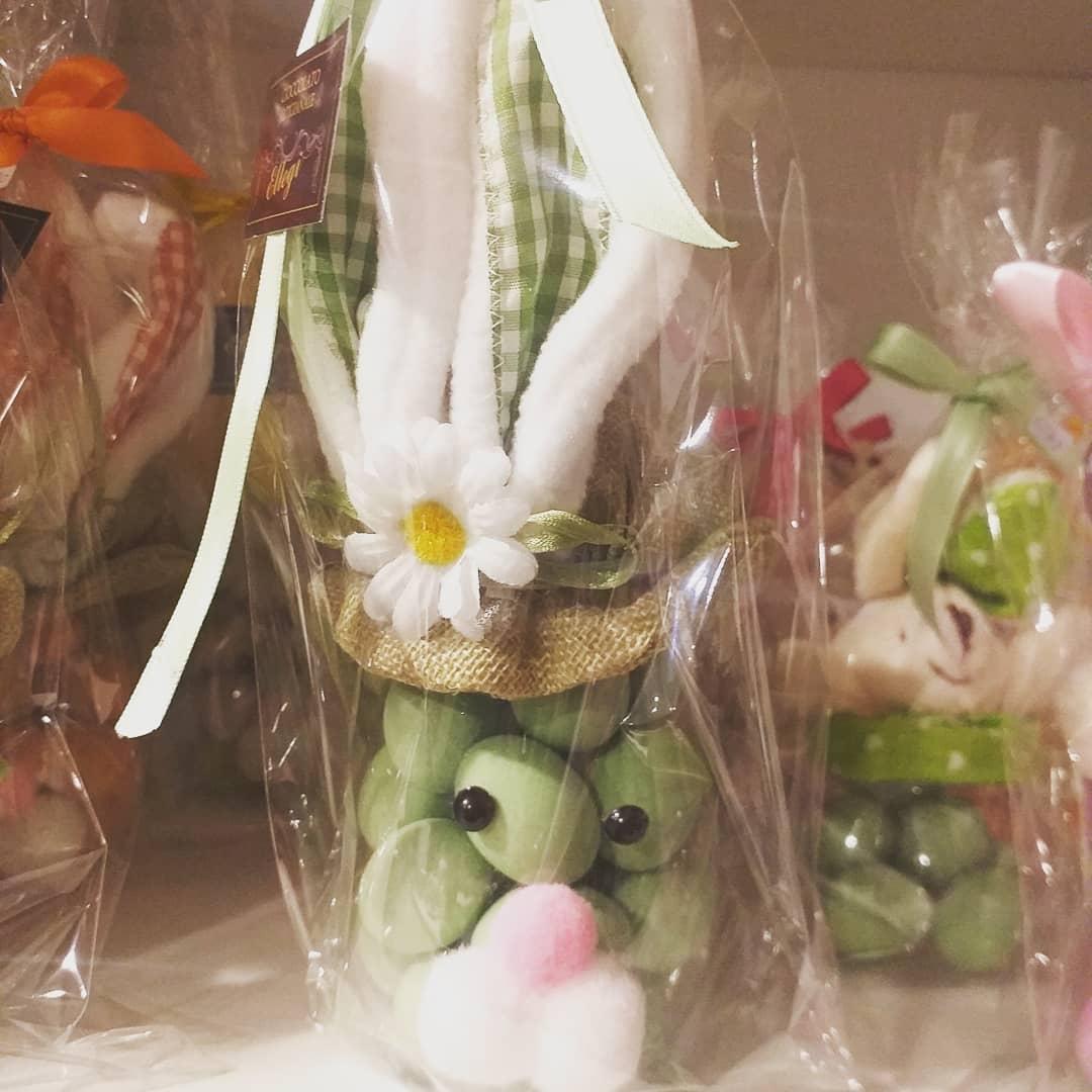 Contenitore coniglo con ovetti